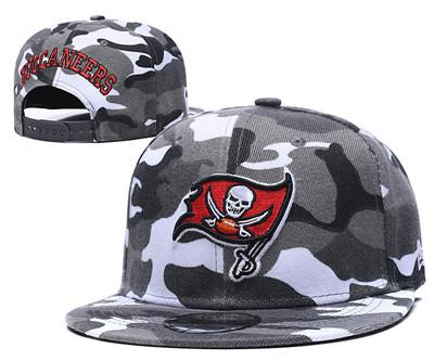 Buccaneers Team Logo Camo Adjustable Hat GS