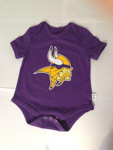 Minnesota Vikings Newborn Tricolor Creeper Set - Purple