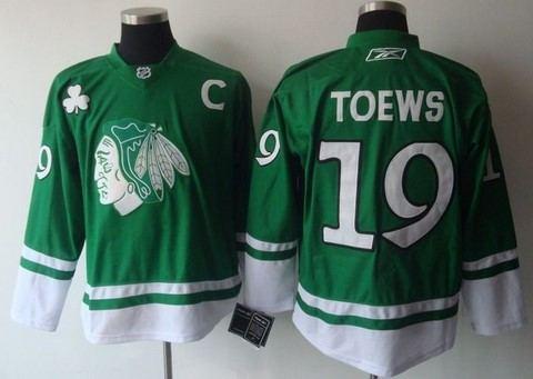 st partys day nhl chicago blackhawks 19 janathan toews green2